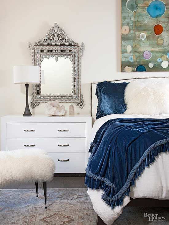 Are You Making These 5 Decorating Mistakes with Your Furniture?   Worried about making decorating mistakes that could cost you? Here are 5 common furniture mistakes and how you can easily avoid them with some savvy tips.   TheCasaCollective.com   #decoratingmistakes #furniture #furnituremistakes #furnituretips #interiordecorating #interiordesign #interiordecoratingtips #interiordesigntips