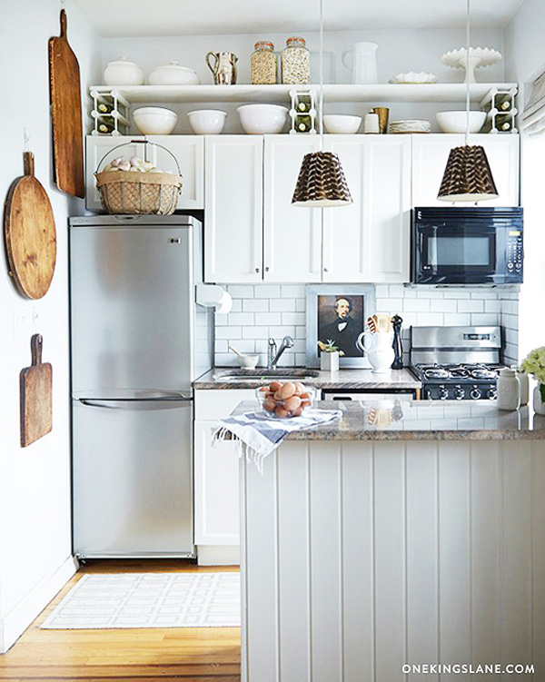 Superb 10 Ideas For Decorating Above Kitchen Cabinets | Not Sure What To Do With  That Awkward Pictures Gallery