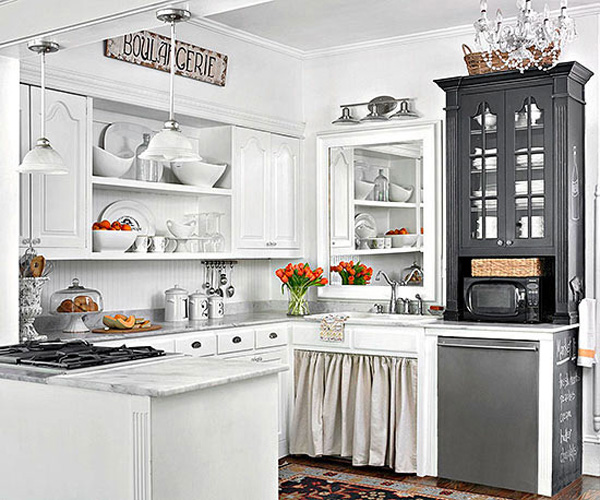 10 stylish ideas for decorating above kitchen cabinets for Above kitchen cabinets decorating ideas