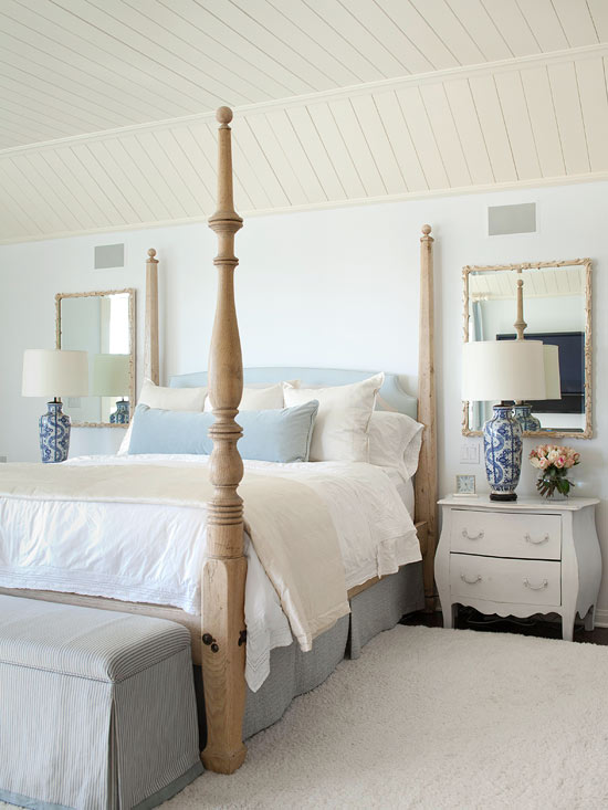 Wondering How To Decorate Above Your Bed? Here Are 10 Bedroom Decorating  Ideas That Creatively