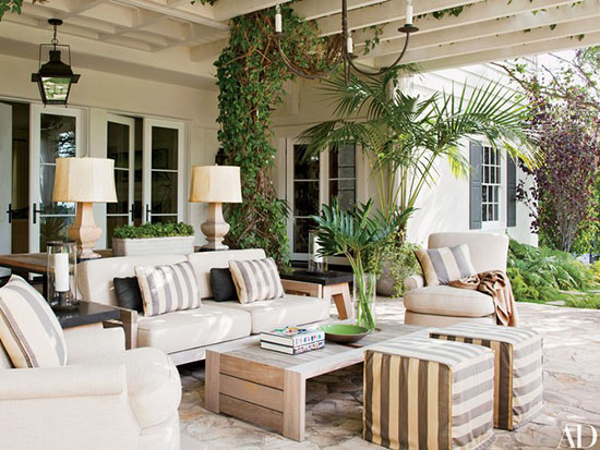Outdoor Decor Ideas: Tips for Accessorizing Porches & Patios | Make your outdoor space as comfortable and inviting as your interior rooms. Find inspiration for your porch or patio with these 15 ideas for beautiful and functional outdoor decor. | #outdoordecor #outdoordecorideas #outdooraccessories #decoratingoutdoorspaces #interiordecorating #interiordesign #decoratingblog #affiliatelink