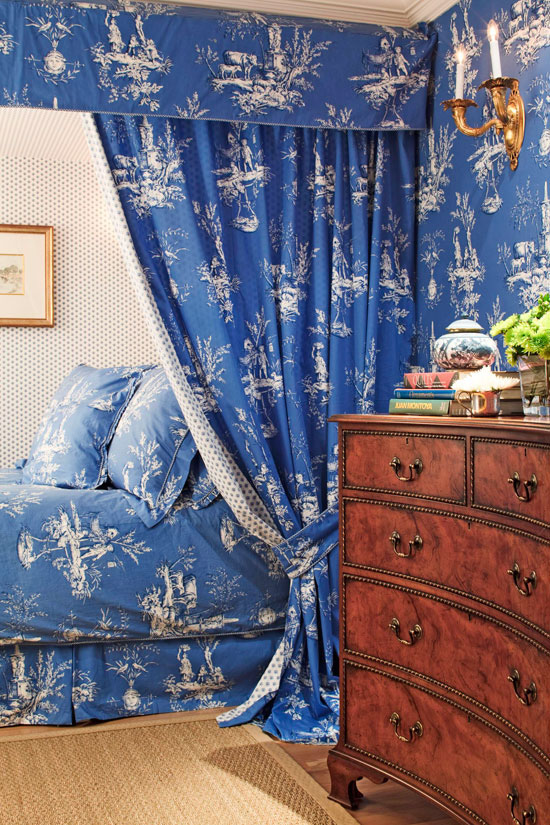 Sometimes more is more! This fabulous bedroom is decorated in beautiful toile de Jouy. I love all the options for decorating with toile that are shared in this blog post! | #toile #toiledejouy #decoratingwithtoile #interiordecorating #interiordesign #decor #decorideas #homestyling #decoratingwithpattern #homedecor #homestyle #decoratingblog #decorblog #decoratingblogger #designblog #designblogger #interiordecoratingblog #interiordesignblog #learninteriordecorating